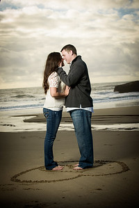 6973_d800_Megan_and_Dan_Panther_Beach_Engagement_Photography