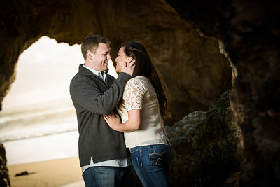 7017_d800_Megan_and_Dan_Panther_Beach_Engagement_Photography