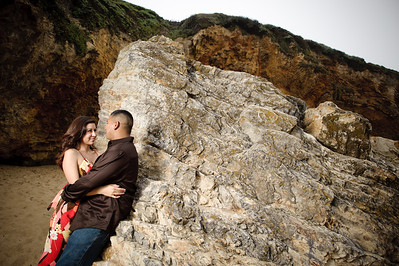 2035-d700_Samantha_and_Anthony_Santa_Cruz_Engagement_Photography_Panther_Beach