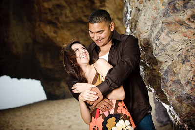 4641-d3_Samantha_and_Anthony_Santa_Cruz_Engagement_Photography_Panther_Beach