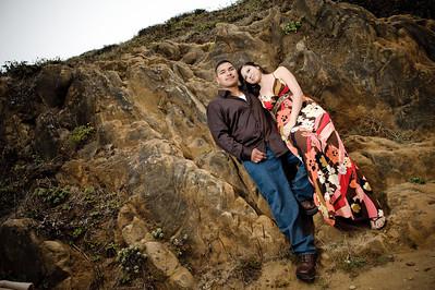 2032-d700_Samantha_and_Anthony_Santa_Cruz_Engagement_Photography_Panther_Beach