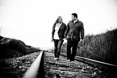 1689-Shannon_Osburn_Greg_Hurley_Santa_Cruz_Engagement_Photography_3_mile_beach