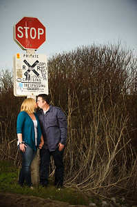 1680-Shannon_Osburn_Greg_Hurley_Santa_Cruz_Engagement_Photography_3_mile_beach