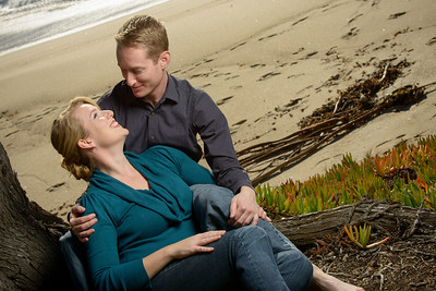 7737_d800_Tory_and_Jeremy_Stewarts_Cove_Beach_Carmel_Engagement_Photography