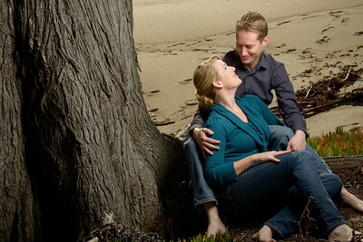 7730_d800_Tory_and_Jeremy_Stewarts_Cove_Beach_Carmel_Engagement_Photography