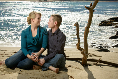 7754_d800_Tory_and_Jeremy_Stewarts_Cove_Beach_Carmel_Engagement_Photography