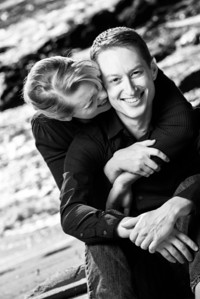7768_d800_Tory_and_Jeremy_Stewarts_Cove_Beach_Carmel_Engagement_Photography