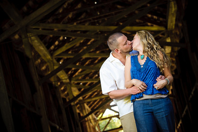 8915-d3_Noel_and_Marin_Felton_Engagement_Photography_Covered_Bridge_Park_Henry_Cowell