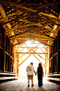 8933-d3_Noel_and_Marin_Felton_Engagement_Photography_Covered_Bridge_Park_Henry_Cowell