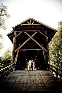3256-d700_Noel_and_Marin_Felton_Engagement_Photography_Covered_Bridge_Park_Henry_Cowell
