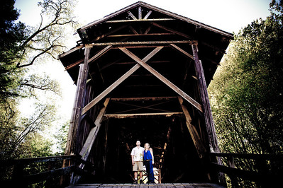 3254-d700_Noel_and_Marin_Felton_Engagement_Photography_Covered_Bridge_Park_Henry_Cowell