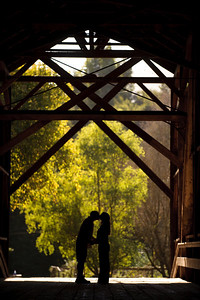 8948-d3_Noel_and_Marin_Felton_Engagement_Photography_Covered_Bridge_Park_Henry_Cowell