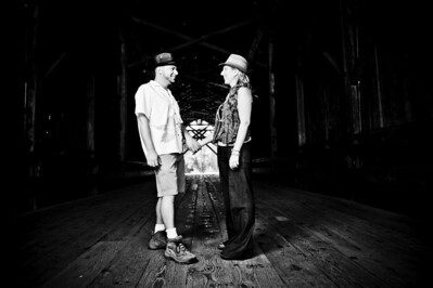 3244-d700_Noel_and_Marin_Felton_Engagement_Photography_Covered_Bridge_Park_Henry_Cowell