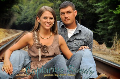 Amanda & Brandon's Engagement Portraits