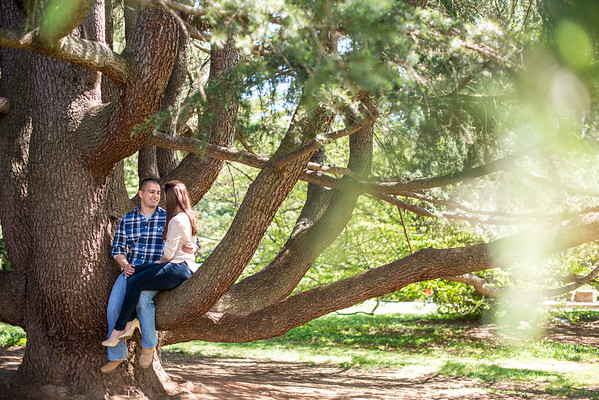 Amy and Mike's Engagement Session at Maymont Park