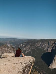 Chris   JeanAnn Taft Point Yosemite Engagement Session 017