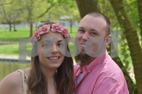 Christy & Ren's Engagement Pics.