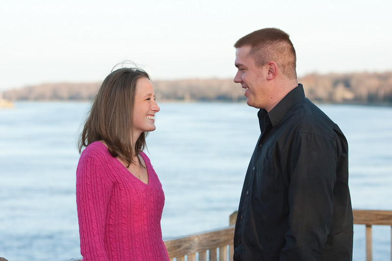 01-EngagementPhotos