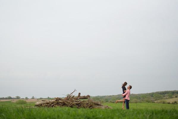 Field w/wood Far
