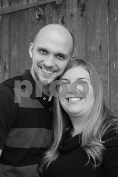 Jennifer & Jon's Engagement Pics.
