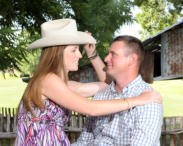 Daniel & Lindsay-081014-058
