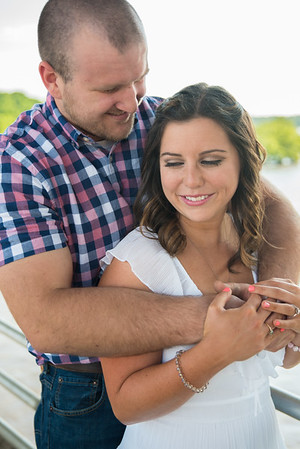 Mandy and TJ's Belle Isle Richmond Engagement