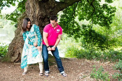 Zobia-Mark-crabbs-barn-kelvedon-pre-wedding-shoot--001