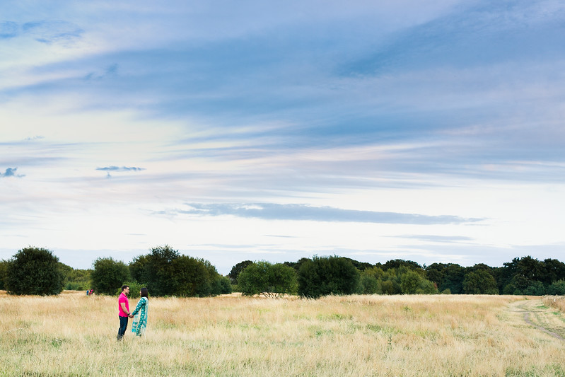 Zobia-Mark-crabbs-barn-kelvedon-pre-wedding-shoot--044