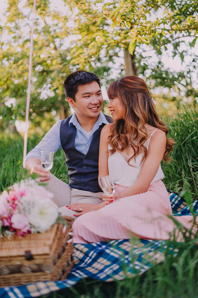 Montreal Wedding Photographer and Videographer + Videographer | Orchard Engagment Photography | Montreal Quebec | Lindsay Muciy Photography |