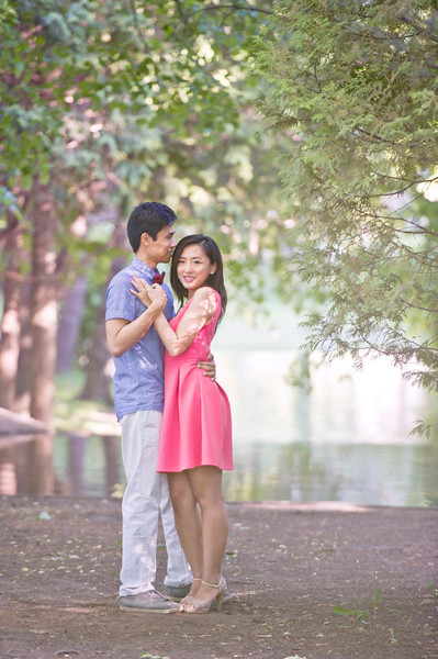 Wedding Photographer Montreal | Westmount Park | Engagement | LMP photo and video