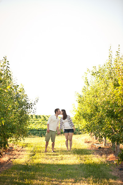 Wedding Photographer Montreal | Engagement Photos | Vermont | Lindsay Muciy Photography amd Videography