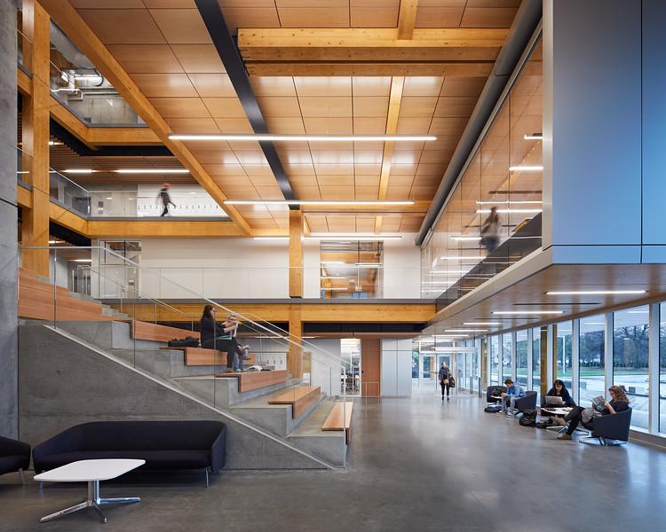 KPU Wilson School of Design / KPMB & Public Architects