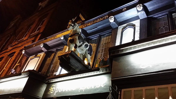 Spotted Horse tavern in Putney