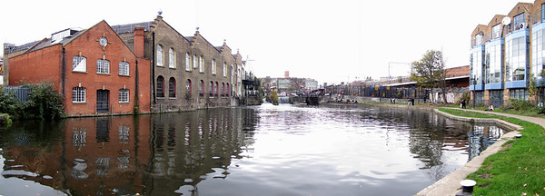 Camden - Regent's Canal - London