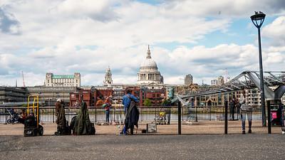 Busker Outside The Tate Modern