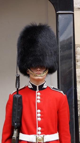 Buckingham Palace/The English Guard