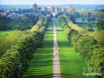 The Long Walk to Windsor Castle, England