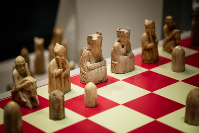 The Game's Afoot - Isle of Lewis midieval chess board and pieces