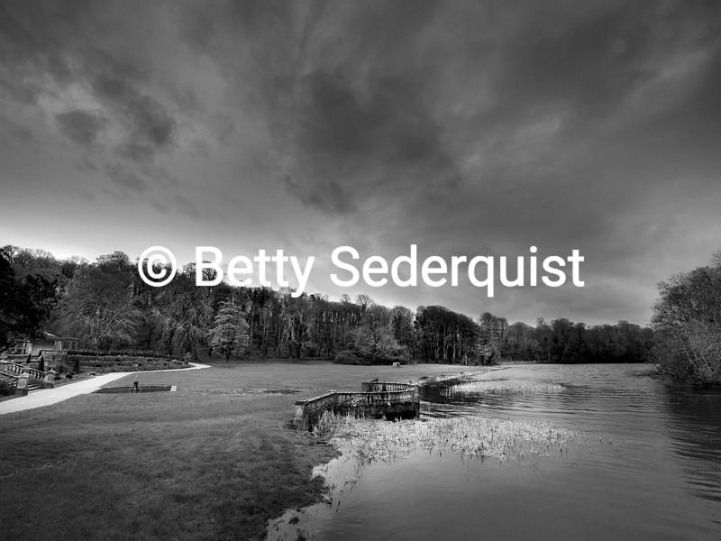 Estuary Dock,Westport House