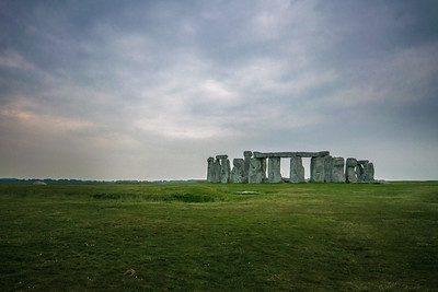 Stonehenge at Dawn - Wide