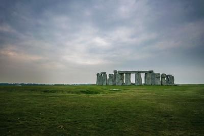 Stonehenge at Dawn - Wide
