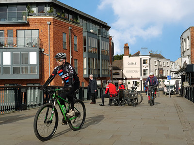 Popular activity on Sunday - Cycling