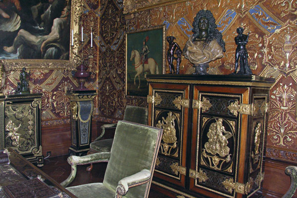 The State Music Room at Chatsworth. The veneered cabinet is a 17th century cabinet, after Boulle.
