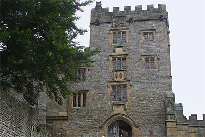 Entrance to Haddon Hall, since its 1520 renovation. Visitors walk through the arch into the courtyard. Haddon Hall has been owned by the Manners family since 1567, when Sir John Manners married Dorothy Vernon, whose family had owned Haddon Hall since the 12th century.