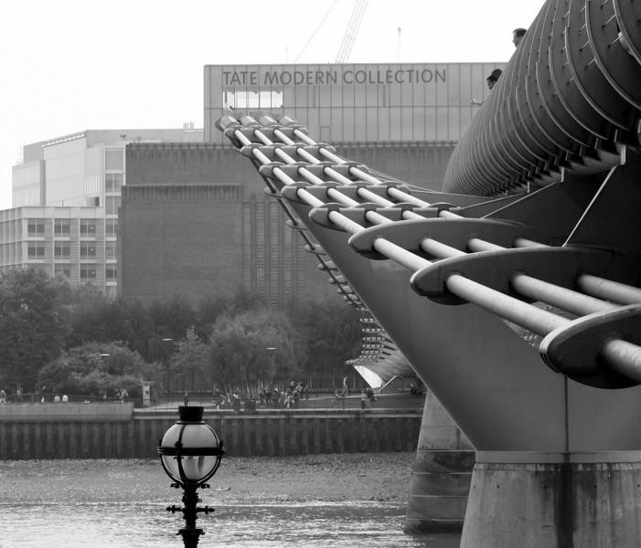 London, Millennium Bridge