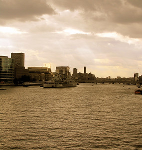 Thames River views and scenes 2006
