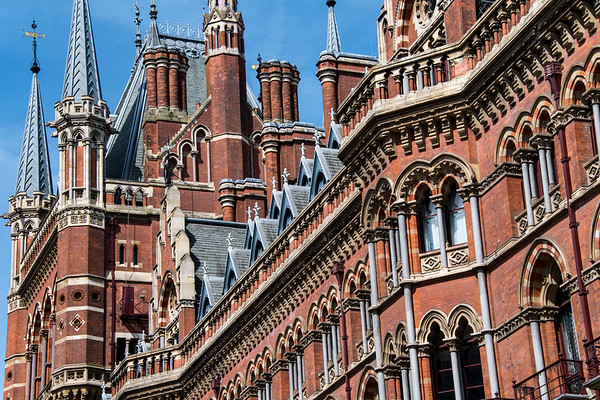united kingdom; england; london; architecture; train station; st. pancras