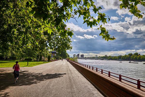 Thames River walk along Battersea Park