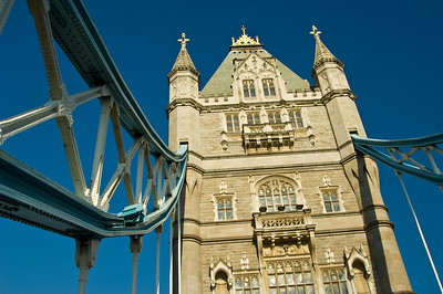united kingdom; england; london; architecture; buildings; towers; bridges; tower bridge