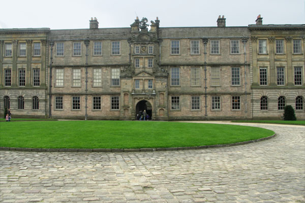 Lyme Park, front (north) entrance, built in 1570, combining Elizabethan and classical architecture.